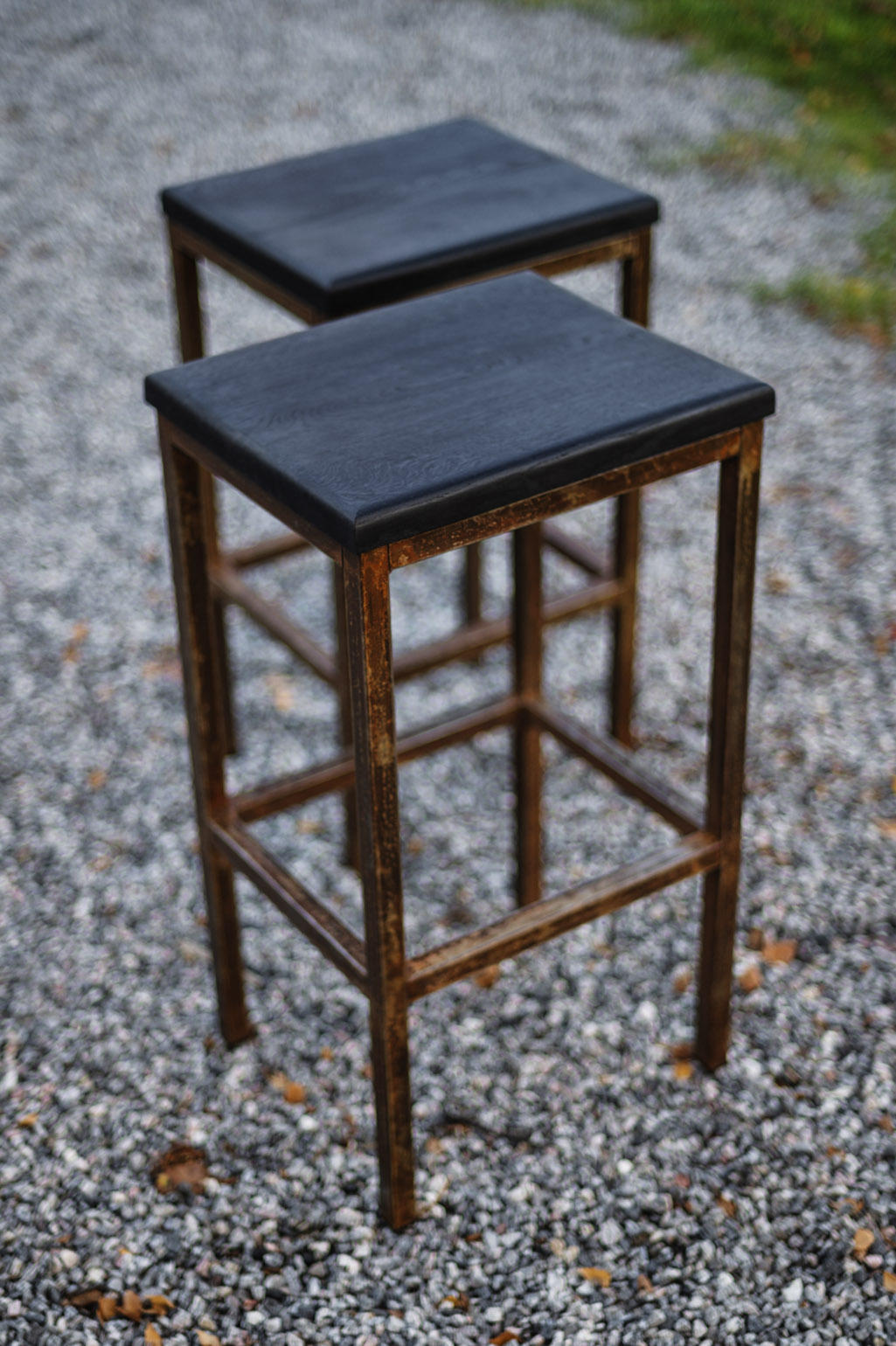 Bar stools in Metal and Oak #012