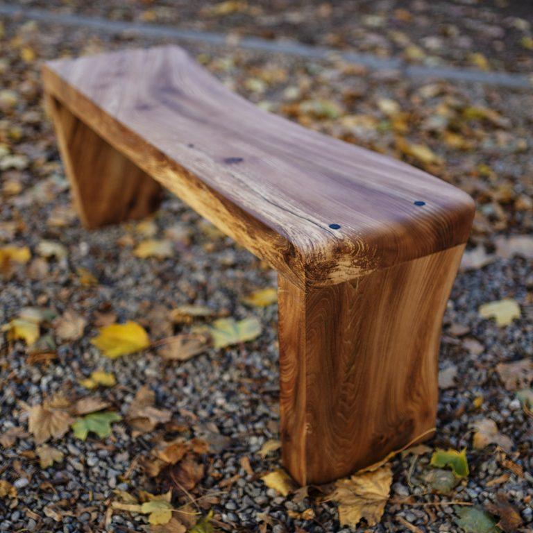 bench_003_7123