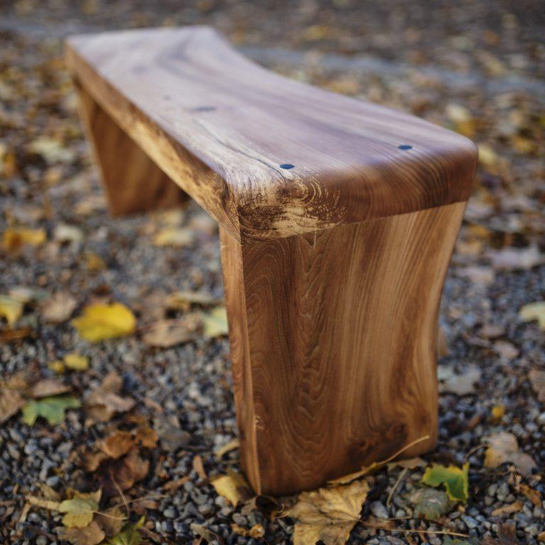 bench_003_7124