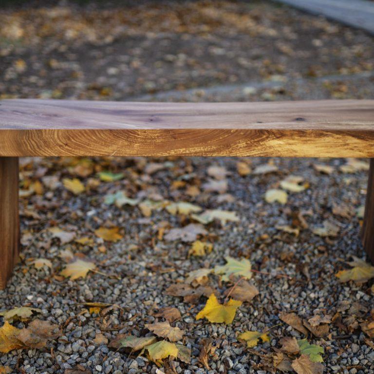 bench_003_7129