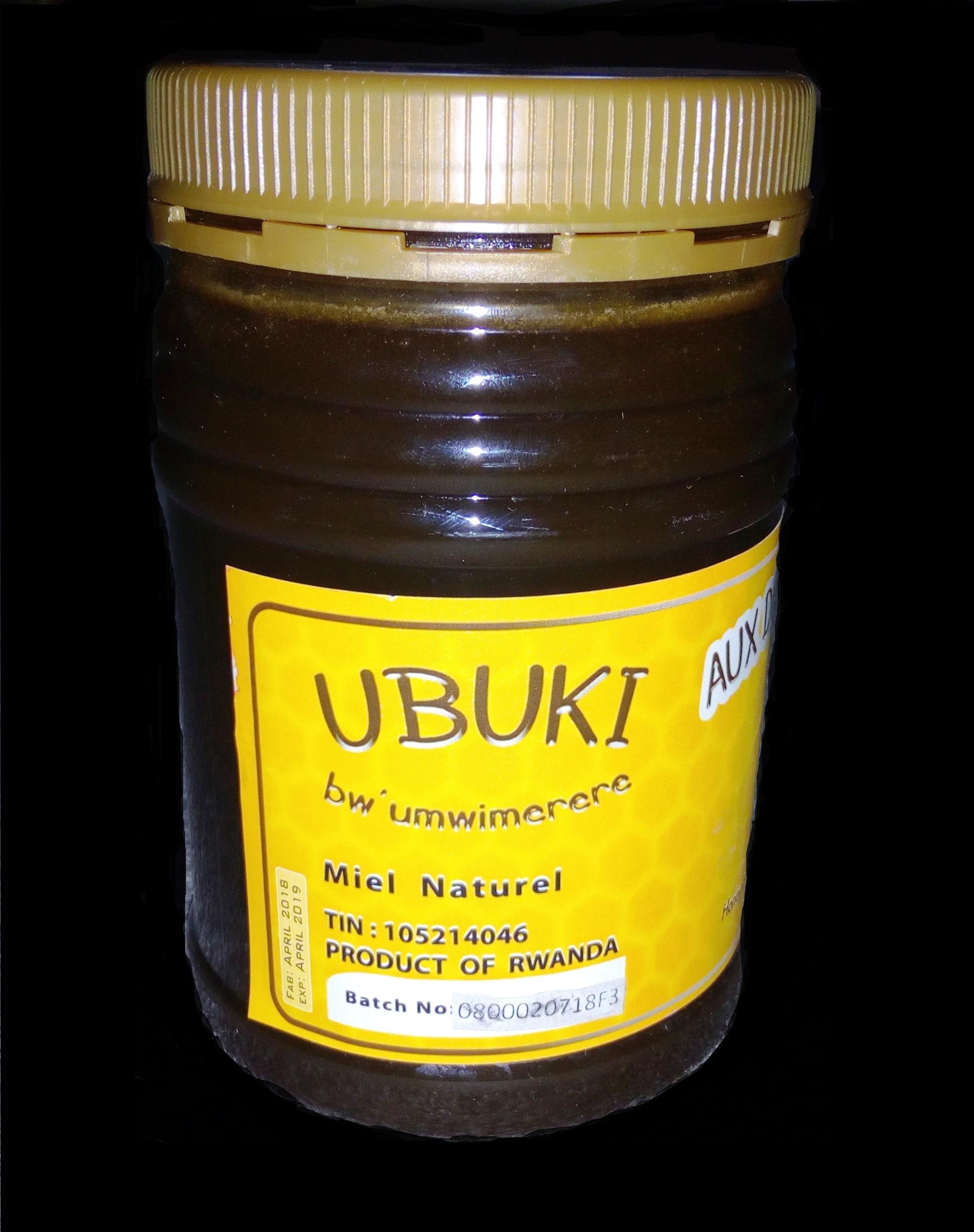 ubuki bwo gushyira muri vitamin y'imisatsi