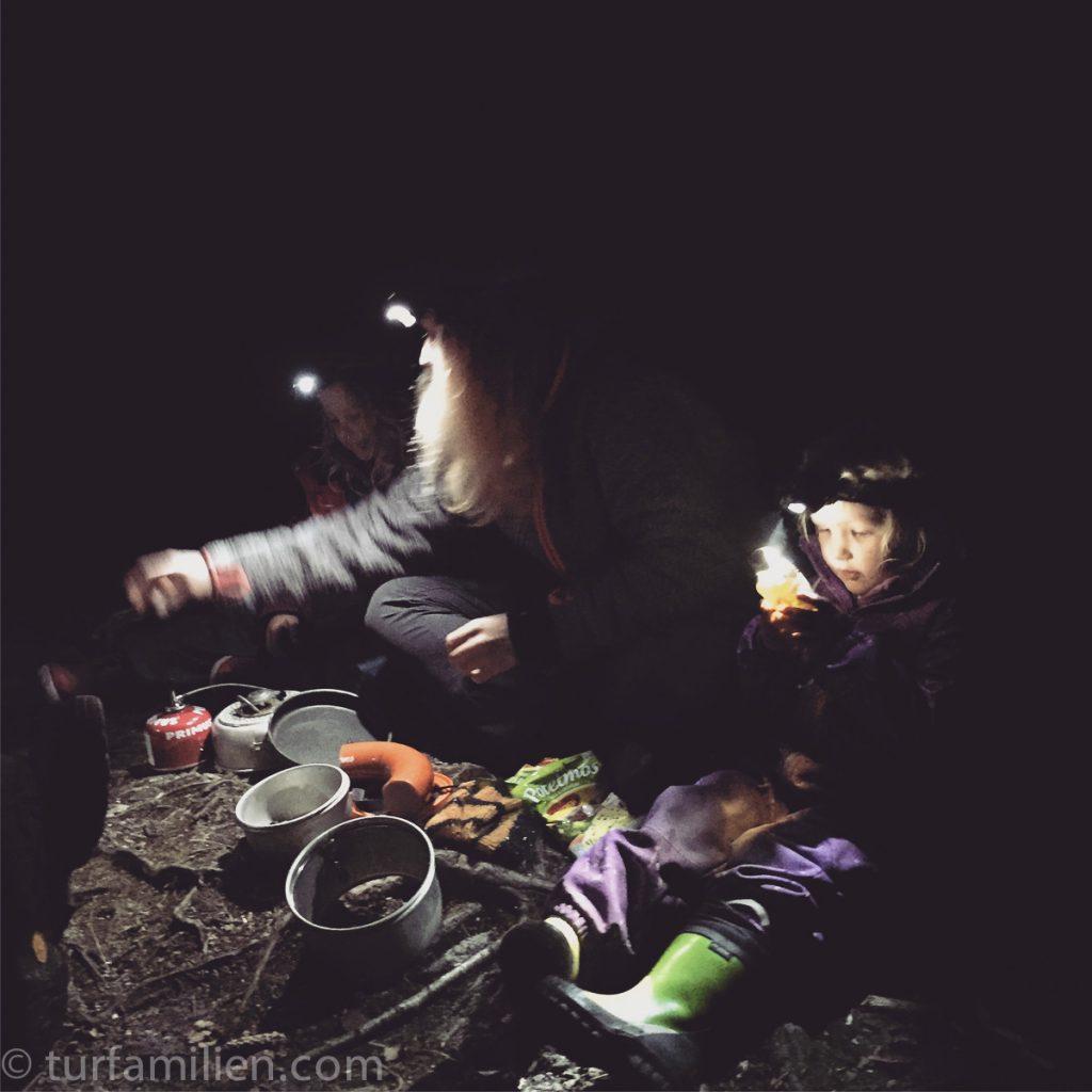 lage mat på primus i mørket