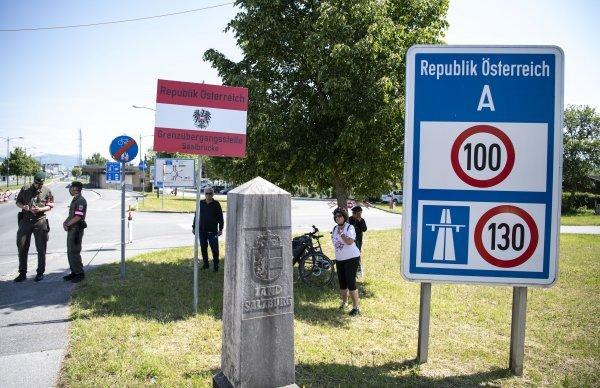 OD PONEDJELJKA: Za ulaz putnika iz Hrvatske u Austriju obvezan negativan PCR test star do 72 sata