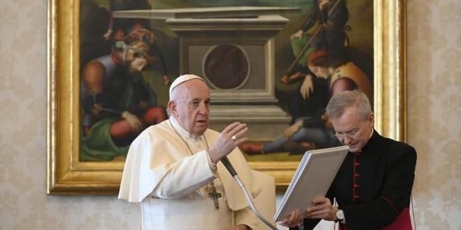 Papa Franjo darovao 100 tisuća eura za potresom pogođeno područje u Hrvatskoj
