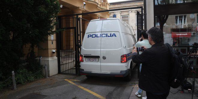 NEMA MIRA U ZAGREBU: Uhićen Patrik Šegota, istražitelji upali i u podružnicu Holdinga, pretresaju urede