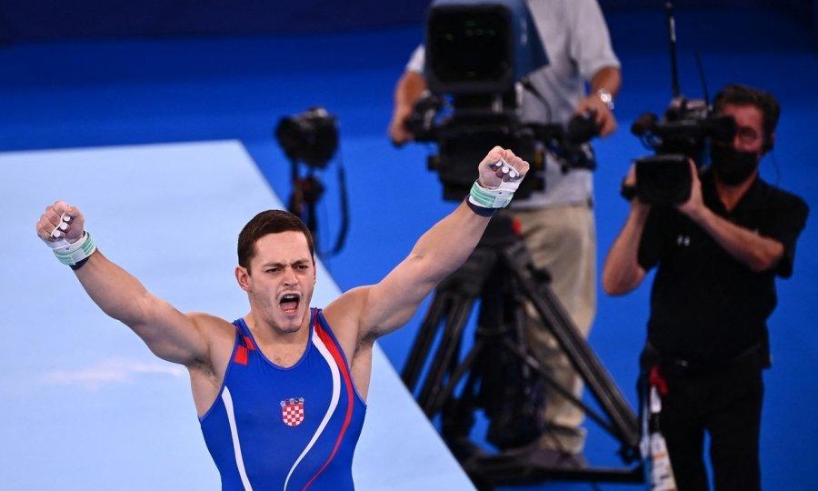 Osma hrvatska medalja: Tin Srbić fantastičnom vježbom osvojio srebro u Tokiju! Japanac Hashimoto bio je za nijansu bolji