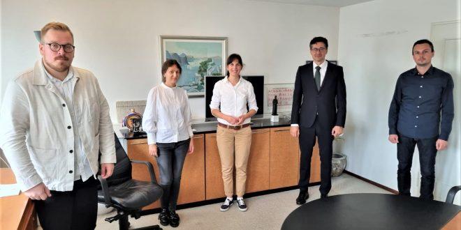 STUTTGART: Hrvatsku dopunsku nastavu u Baden-Württembergu predavat će 25 učiteljica i učitelja, a nastava će se održavati na više od 90 nastavnih mjesta