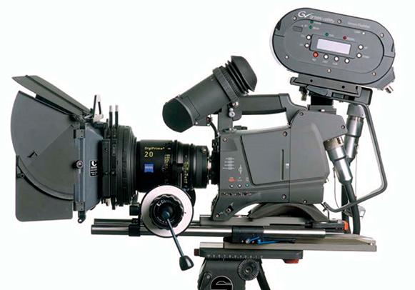 TRAGEDIJA NA SNIMANJU FILMA: Glumac Alec Baldwin ubio snimateljicu i ranio redatelja pucajući iz rekvizita