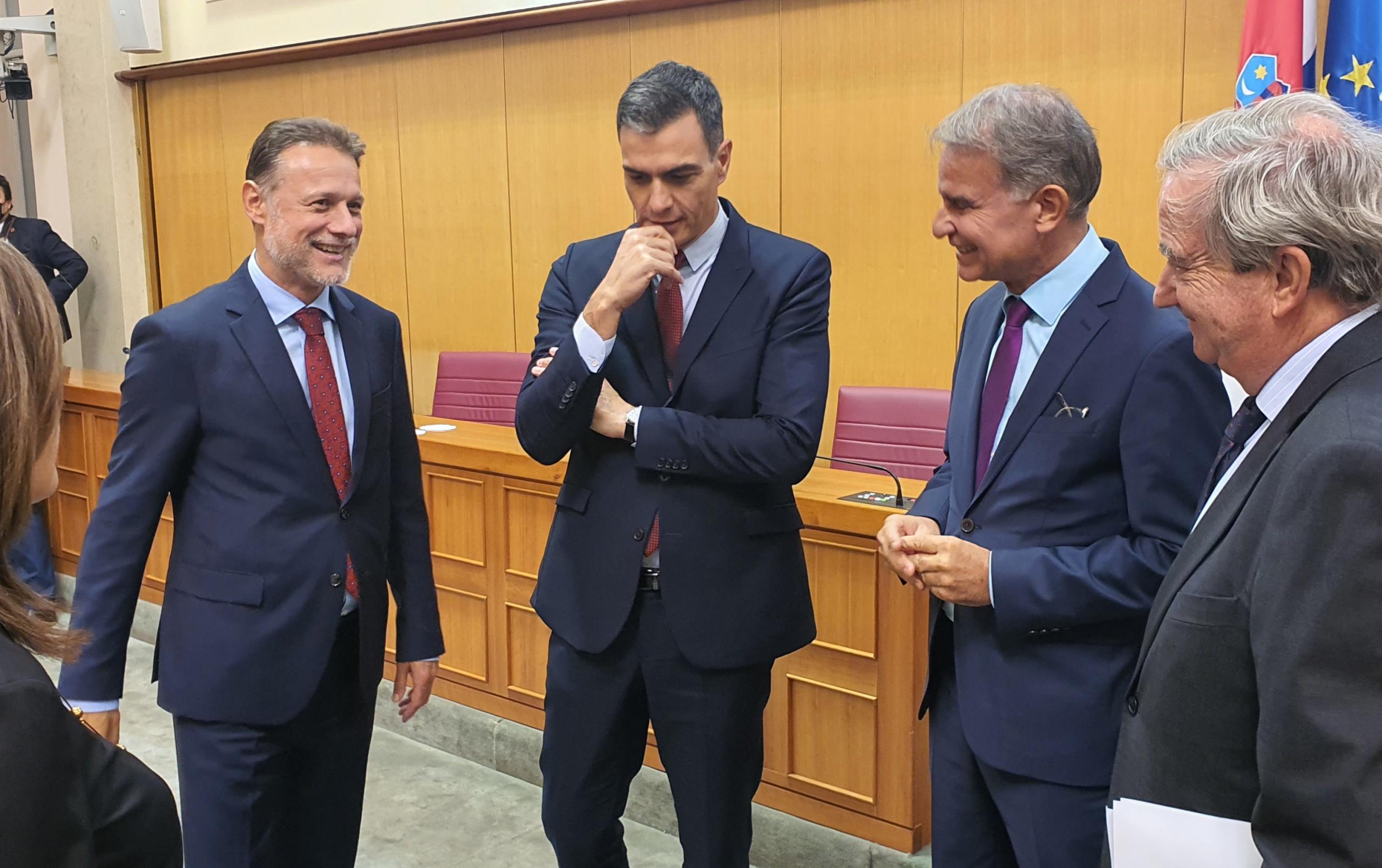 Predsjednik Hrvatskoga sabora Gordan Jandroković primio je u službeni posjet predsjednika Vlade Kraljevine Španjolske Pedra Sáncheza