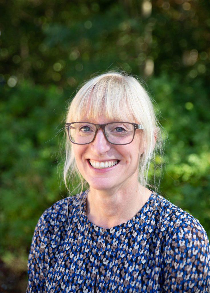 en smilende Linda Raimond, Diabetessygeplejerske på SDCC.