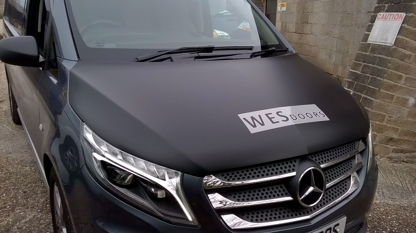 VEHICLE GRAPHICS FOR WESDOORS