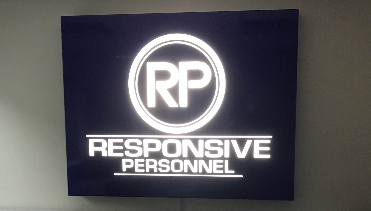 Responsive Personnel Internal Sign