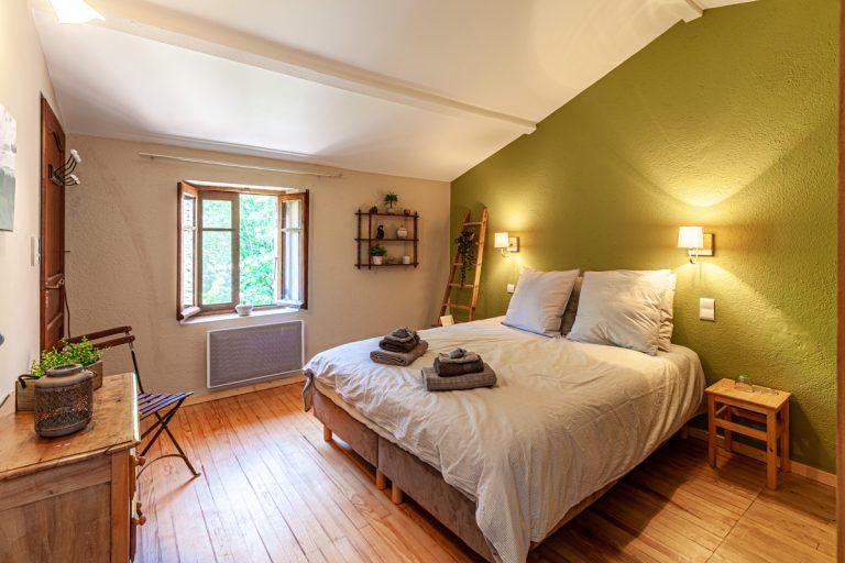 Chambres d'hôtes les oliviers en Cévennes le lit
