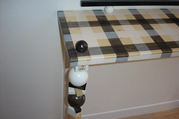 White-Black-side-table