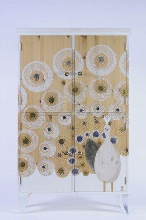 klein houten kastje-Pauwenparade 3