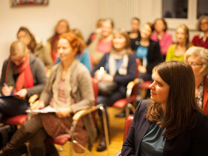Uog Publikum Bei Einem Vortrag