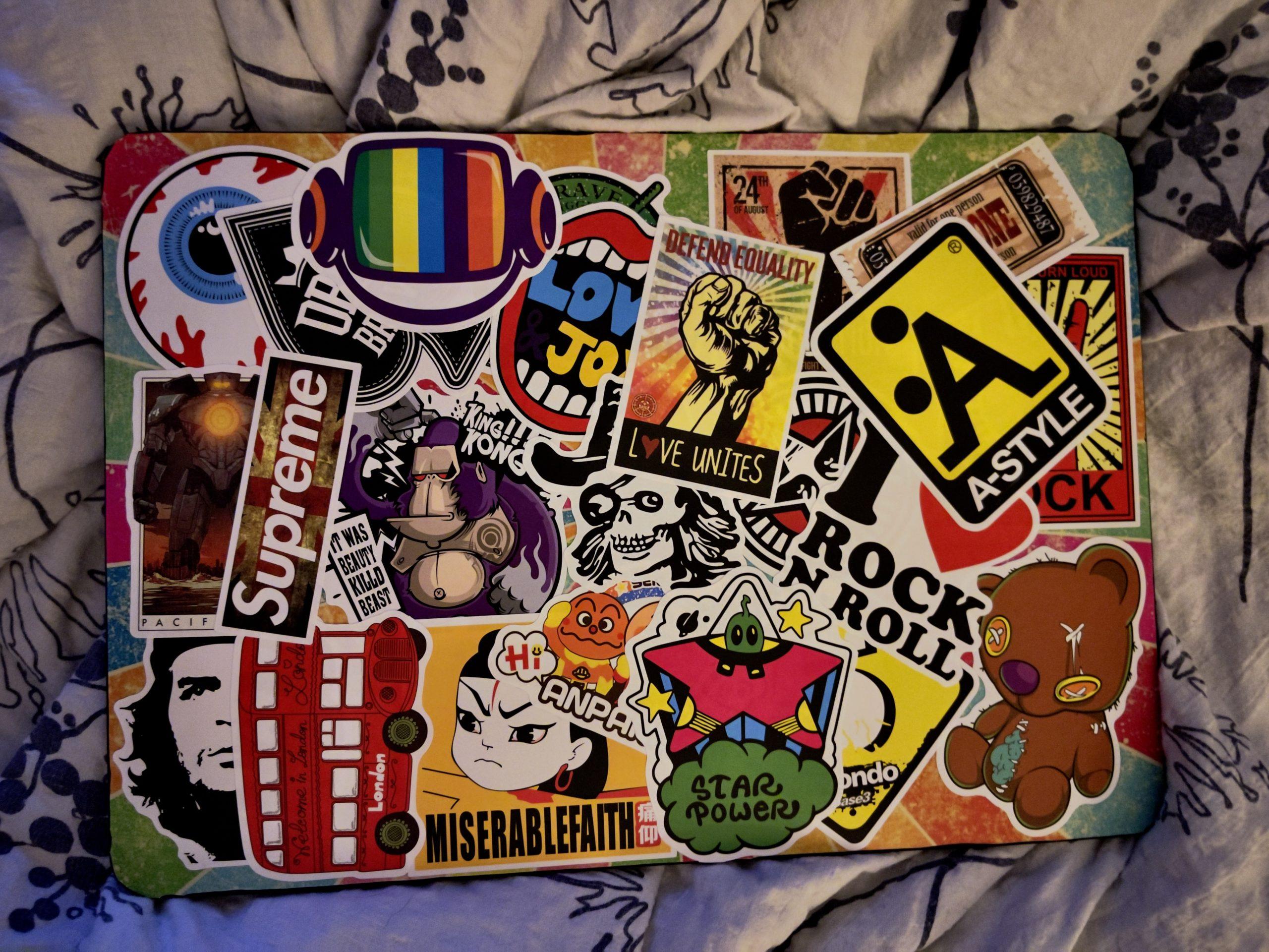 MacBook Air M1 – Sticker-mani