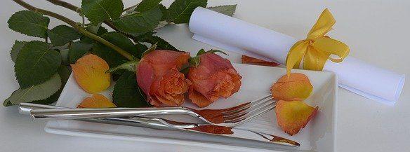 roses-1346666_640-e1578220926512 Arrangements