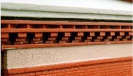 Fler av de små detaljerna, dessa vid taknocken.