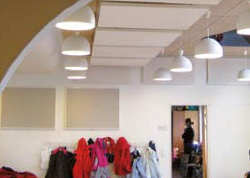 Akustikløsning i gangen på en børnehave