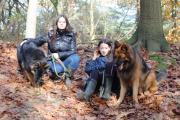 Hindyana met mijn twee dochters