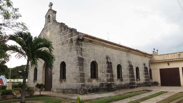 Die kleine Steinkirche Santa Elvira in Varadero