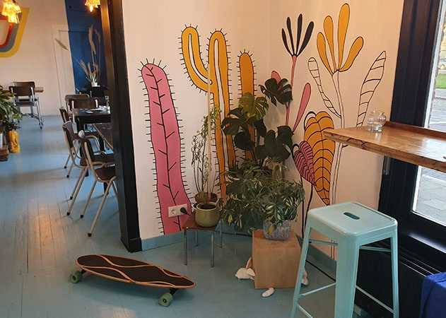 mural, interior of vegane glorie, artwork, restaurant art