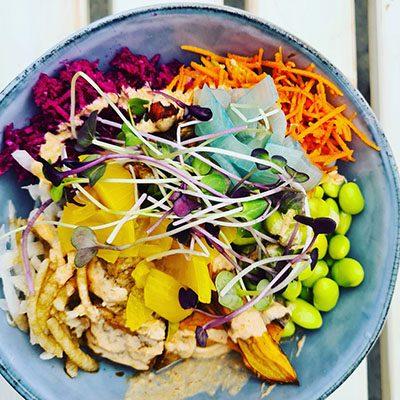 vegan poke bowl, de Vegane Glorie bowl, edame vegan cuisine
