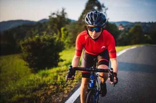 Alpe cycling jerseys for women