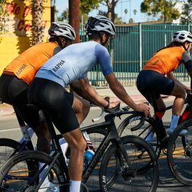 how to choose your cycling jersey