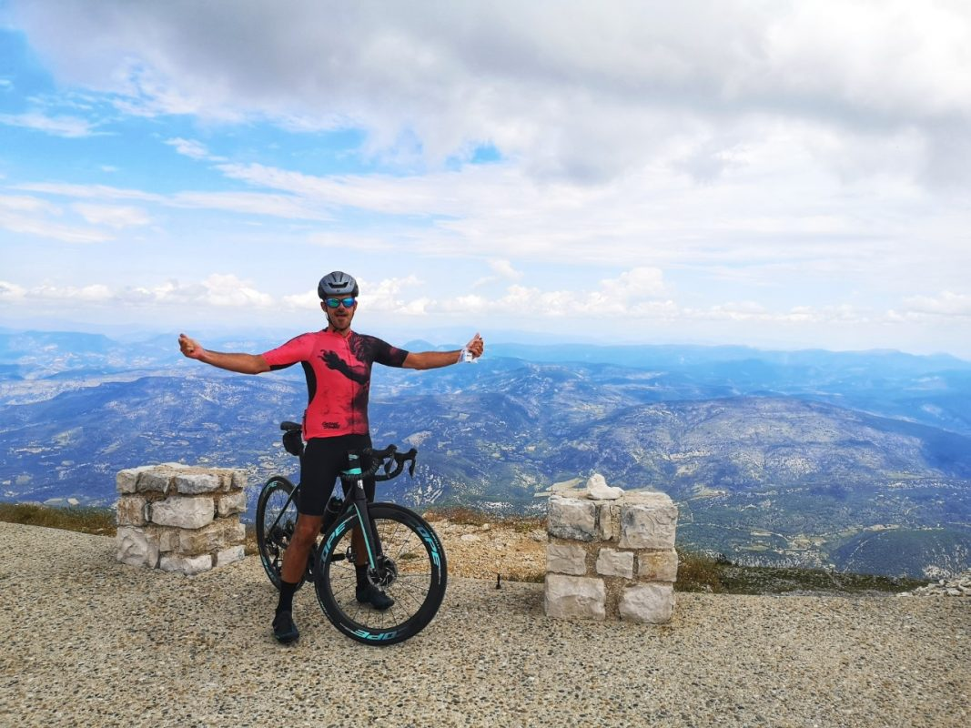 Me and my Q36.5 R2 Lion cycling jersey on the Mont Ventoux