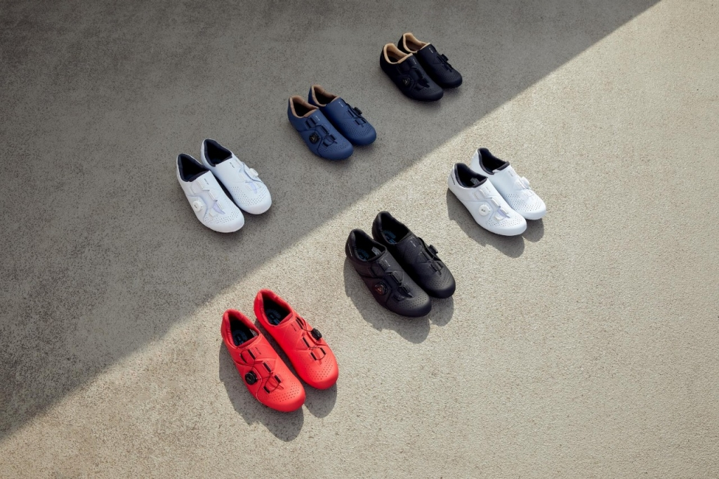 Shimano RC3 cycling shoes collection
