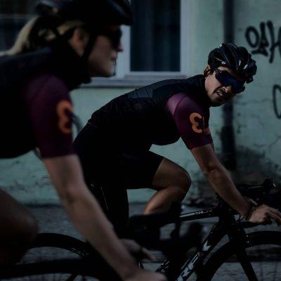 thirteen cycling couple