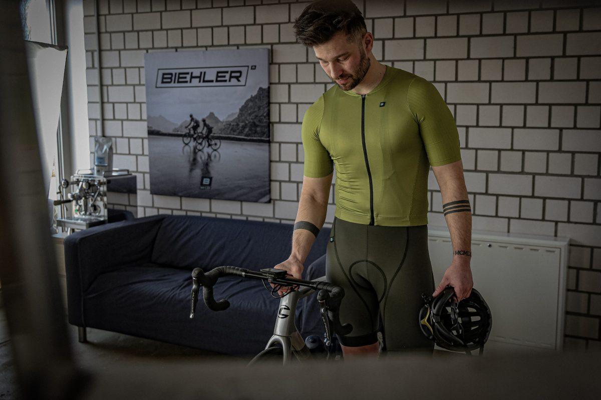 Biehler Signature: Avocado green cycling clothing