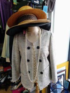maniqui con mucho glamour de inspiracion chanel en be vintage_ campo de ourique_lisboa