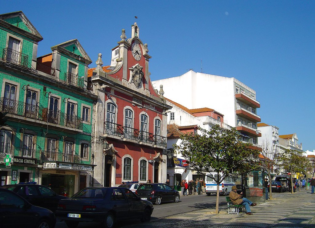 Plaza de la Fruta, centro historico de Caldas da Rainha