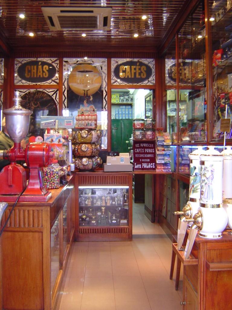 A_carioca_tienda_centenaria_barrio_alto