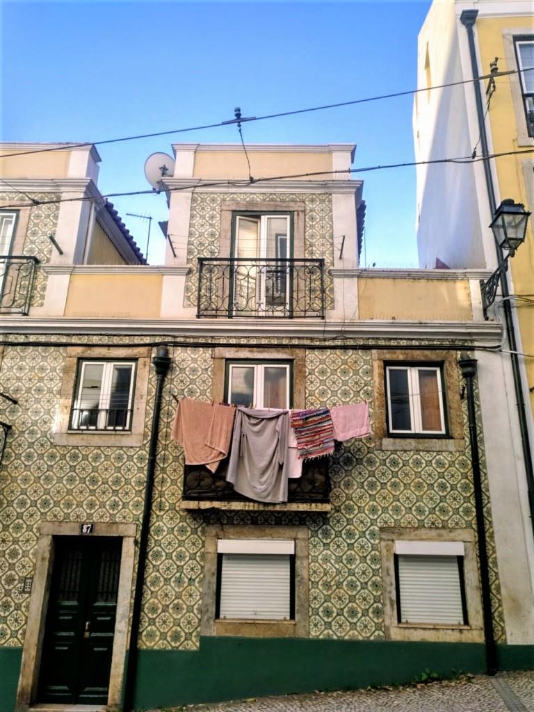 sabanas_colgando_balcones