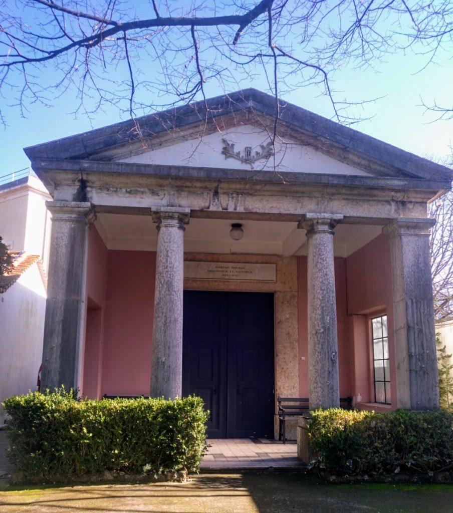 templo_mortuorio_cementerio_ingles