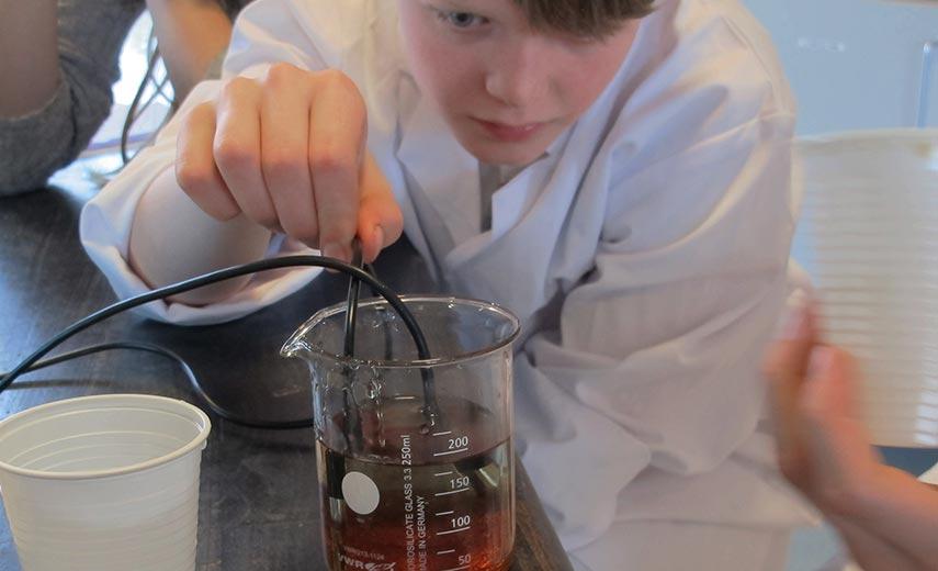 Eftertragtet fysikforløb lanceres i Videnskabsklubben
