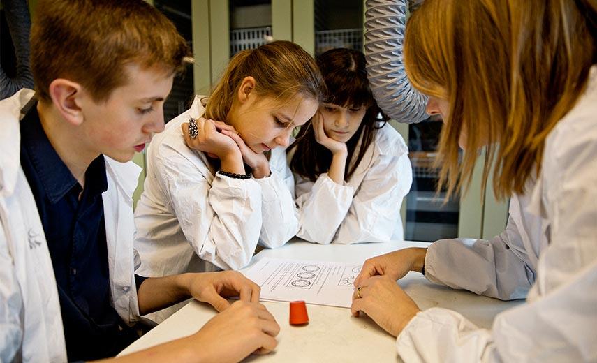 Alle forventninger oversteget: Massiv interesse for Videnskabsklubbens hold i efteråret