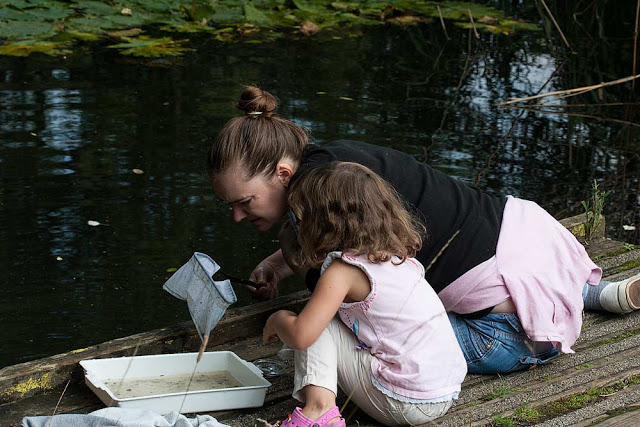 Bo and Zoe Pond dipping