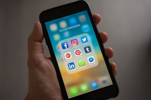 social networking apps on iPhone