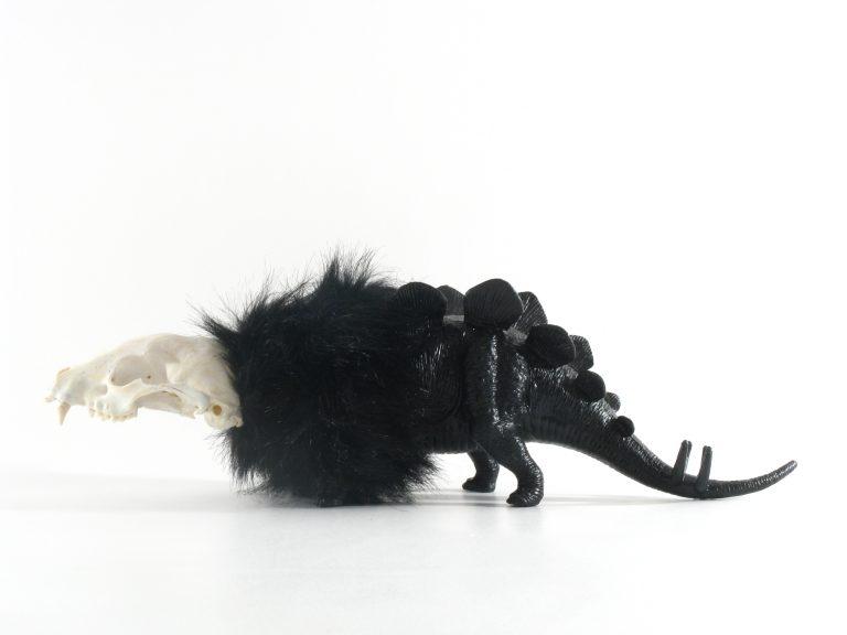 Hybrid sculpture Rat dino by Viti