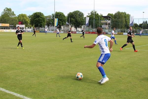 30. Spieltag 2018/ 2019 - Luckenwalde gegen Hohenstein Ernstthal - 14