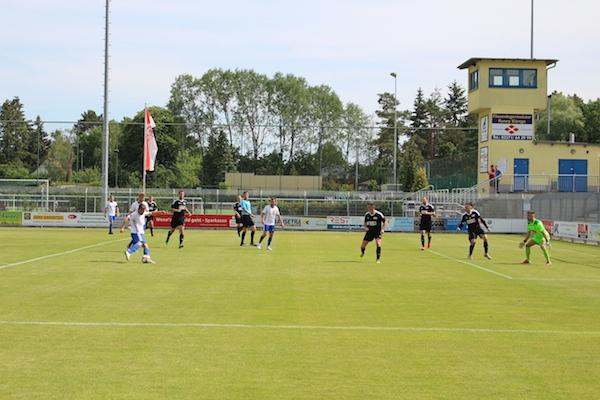 30. Spieltag 2018/ 2019 - Luckenwalde gegen Hohenstein Ernstthal - 16