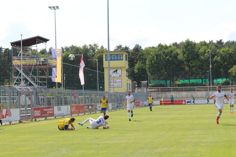 1. Spieltag Oberliga Süd - 9