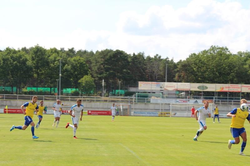 1. Spieltag Oberliga Süd - 12