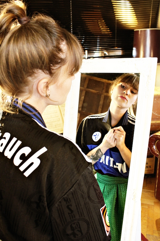 Schalke-Trikot-Kalender-32