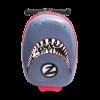 Snapper the shark, en tuff väska med sparkcykel